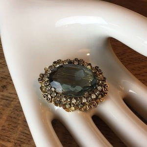 Vintage Jewelry - Vintage Kramer New York Brooch